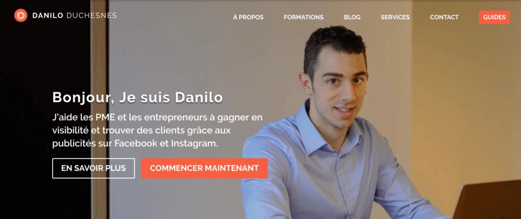 Page d'accueil et positionnement du freelance Danilo Duchesnes